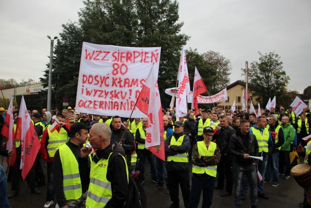 Huta pokój protest